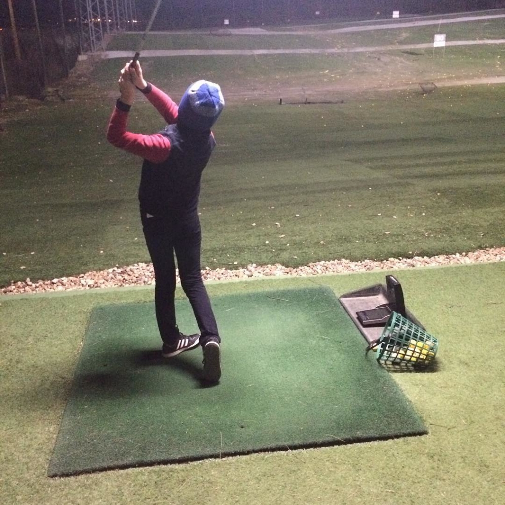 🇬🇧Junior Performance group practicing our three key skills tonight. Pitching distances, putting fundamentals and 50 Ball Drill, with a bit of speed work too. 🇪🇸Grupo Junior Performance practicando nuestros tres habilidades claves esta noche. Distancias del approach, fundamentales del putt y la sesión 50 Bolas, también con un poco trabajo de velocidad