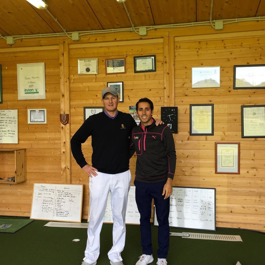 🇬🇧Great to have European Tour player Carlos Pigem in the academy to work on his putting today. Some good data collected and targets set. 🇪🇸Buen día con Carlos Pigem en la academia trabajando del putt. Unos datos buenos tomados y objetivos puestos