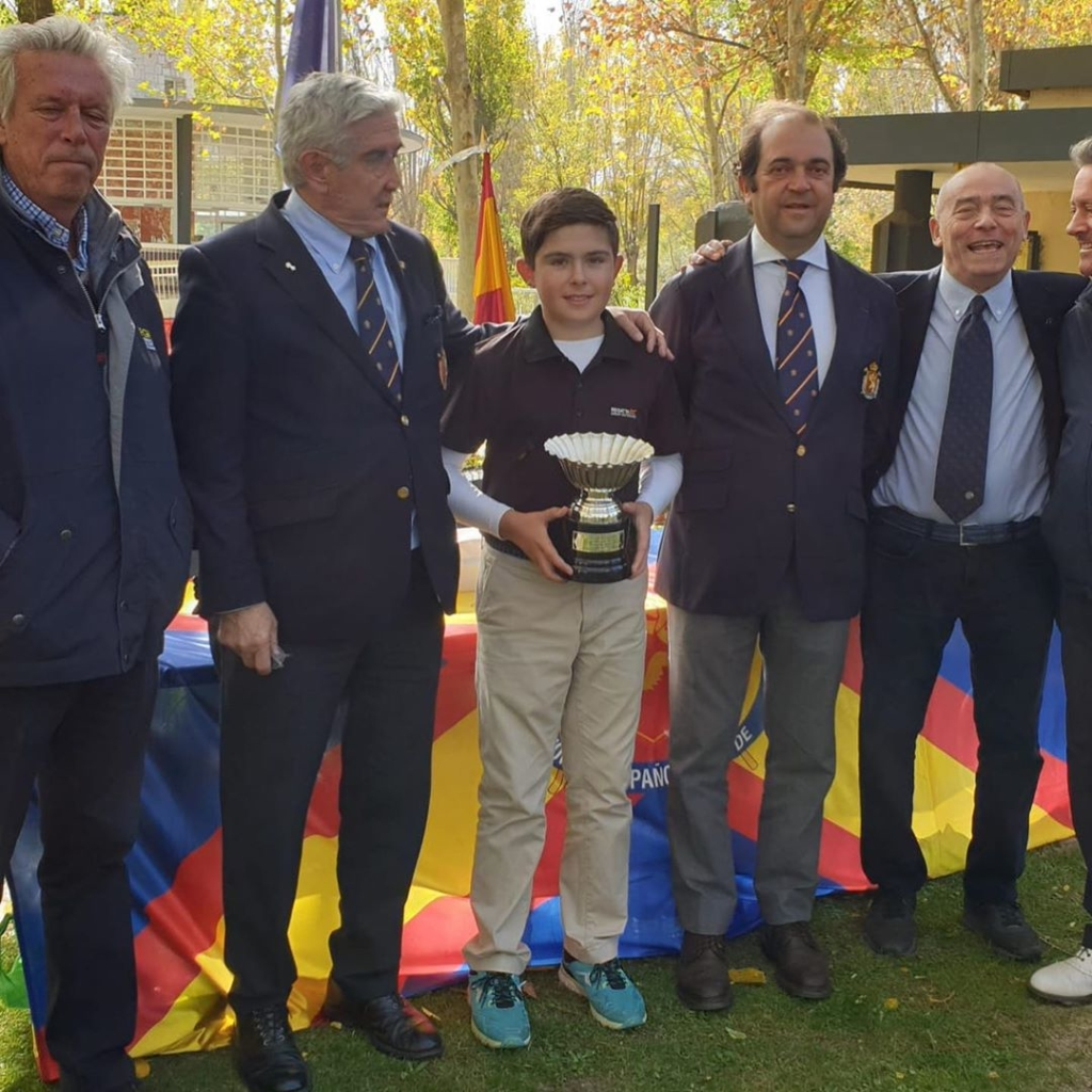 🇪🇸Enhorabuena a Sergio Jiménez ganador del Internacional de España de Pitch & Putt 2019. También con hoyo en uno ayer. Grandísimo trabajo Sergio!. 🇬🇧Congratulations MCGP student Sergio Jiménez, winner of the Internacional de España de Pitch & Putt 2019. Also for his hole in one yesterday during the tournament.  Great effort Sergio